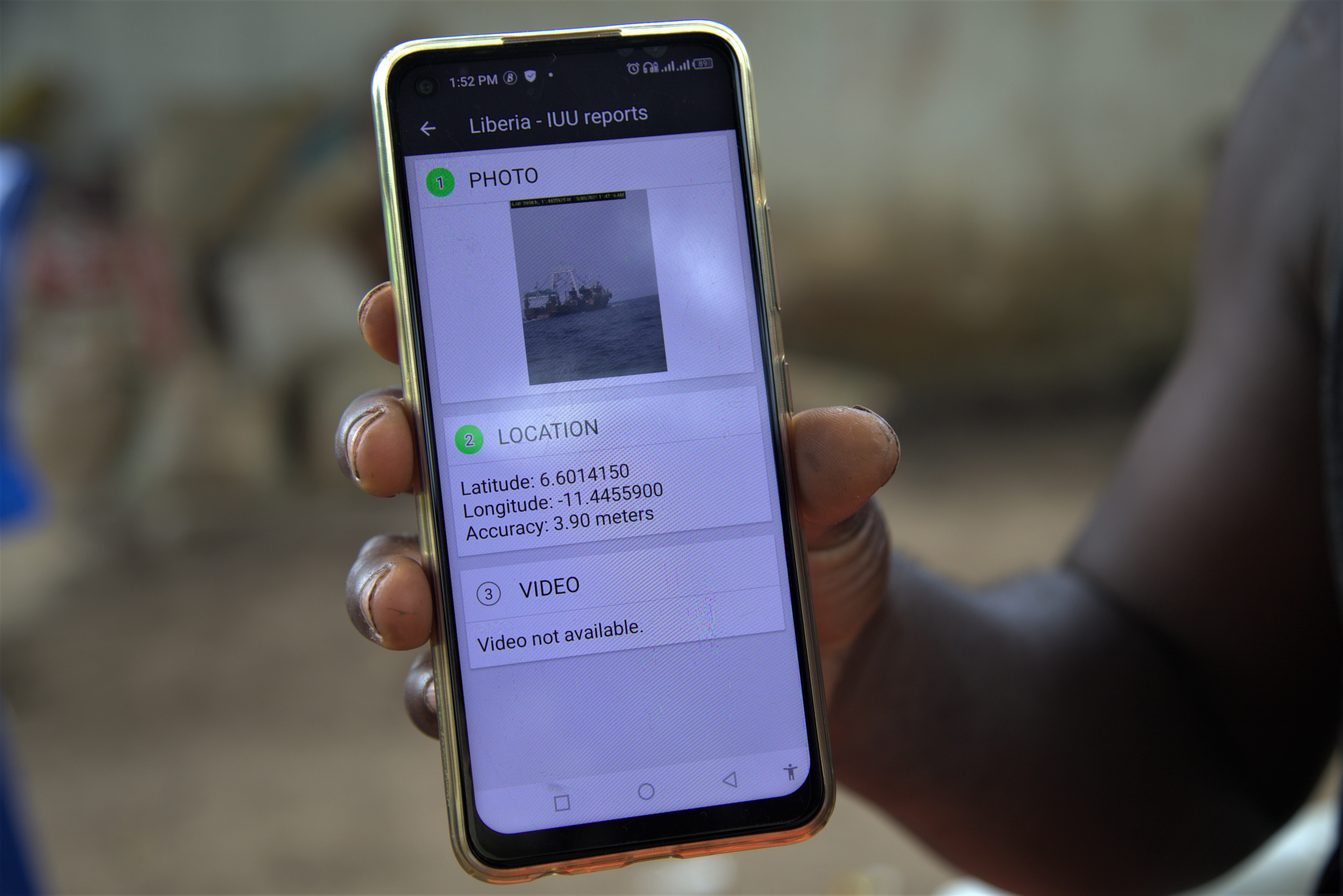 Liberian fishers use EJF app to report illegal trawlers