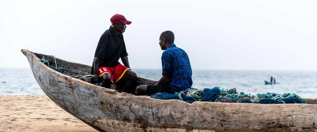 Liberianische Fischergemeinden durch chinesische Supertrawler bedroht