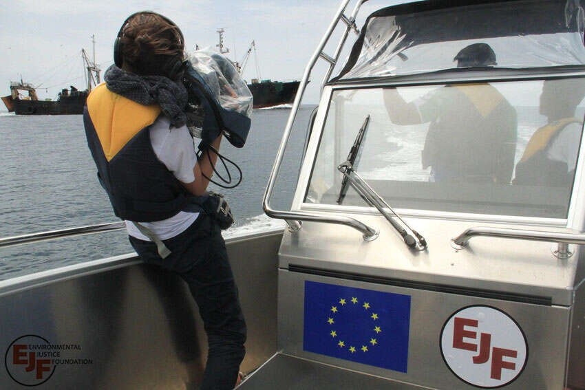 RS14712 EJF in action documenting illegal fishing 1