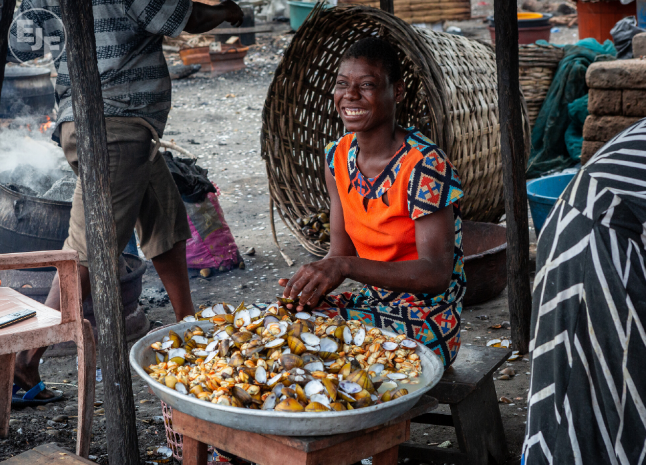 Image gallery women in Liberia3